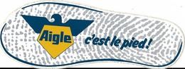 Autocollant - AIGLE - C'est Le Pied - 18 X 7 Cm - - Stickers
