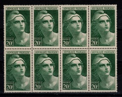 YV 730 N** Marianne De Gandon Bloc De 8 Cote 12 Euros - France