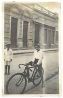 Photo Enfant Sur Son Vélo ( Espagne ? )    ( PH ) - Personnes Anonymes