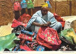 Afrique NIGERIA  A Leather Worker ( John Hinde 2NG 1)*PRIX FIXE - Nigeria