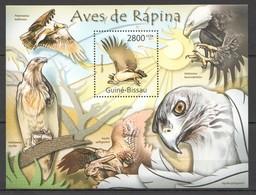 Y358 2011 GUINE GUINEA-BISSAU FAUNA BIRDS OF PREY AVES DE RAPINA BL MNH - Eagles & Birds Of Prey