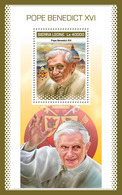 SIERRA LEONE 2018 - Pope Benedict XVI, S/S. Official Issue. - Papes