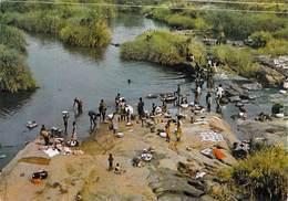 Afrique  TOGO Lessive Au Bord De La Riviére Kara (  Photo Degbava 1773) *PRIX FIXE - Togo