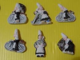 Fève Artisanale  Midgard - Personnage De Bretagne - Les Bigoudènes - Bretonne - Bigoudène - Characters