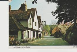 Postcard - High Street, Hurley, Berks Card No.kn1519 - Unused Very Good - Postcards