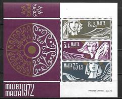 MALTE    -   Bloc-Feuillet.   1972.   Y&T N° 2 **.   Noël. - Malta