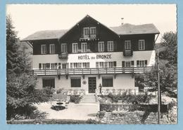 F0177  CPSM  MONT-SAXONNEX (Haute-Savoie)  Alt.  1000 M  -  L'Hôtel Du Bronze  ++++++++ - France