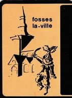FOSSES LA VILLE / SOUS VERRE EN FORME DE CARTE POSTALE / PLASTIC - Fosses-la-Ville