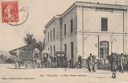 TULLINS - LA GARE, FACADE EXTERIEURE - BELLE CARTE TRES ANIMEE - DILIGEANCES - TOP !!! - Tullins