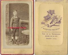 CDV Jeune Garçon Endimanché-photo Husson-Faudot Dessinateur Et Photographe Ancienne Rue Du Lycée à TROYES - Anciennes (Av. 1900)