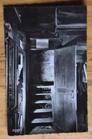07 : Authentique Auberge De Peyrebeille - Entrée Du Fameux Escalier Conduisant Aux Chambres... - (n°13763) - France