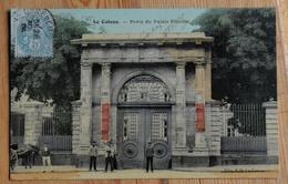 59 : Le Cateau - Porte Du Palais Fénelon - Animée : Petite Animation - Carte Colorisée Et Tramée - (n°13766) - Le Cateau