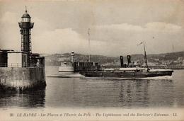 CPA 76 LE HAVRE Les Phares Et L'Entrée Du Port The Ligthouses And The Harbour's Entrance - Port
