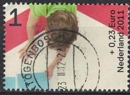 Pays Bas 2011 Oblitéré Rond Used Enfants Jouant Construisant Ensemble Une Maison - Period 1980-... (Beatrix)