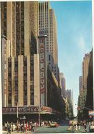V3395 New York City - Radio City Music Hall - Auto Cars Voitures / Non Viaggiata - Manhattan