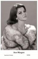 ANN-MARGRET - Film Star Pin Up PHOTO POSTCARD- Publisher Swiftsure 2000 (19/460) - Postales