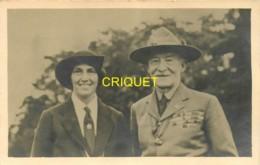 Scoutisme, Carte Photo De Baden Powel Avec Sa Femme, Beau Document - Scouting