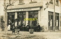 69 Villeurbanne, Carte Photo Du Café De La Boule Tonkinoise, 1912, Clients Et Gérants...., Beau Document - Villeurbanne