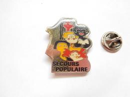 Beau Pin's , Association Secours Populaire - Vereinswesen