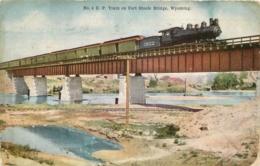 TRAIN ON FORT STEELE BRIDGE  WYOMING - Etats-Unis