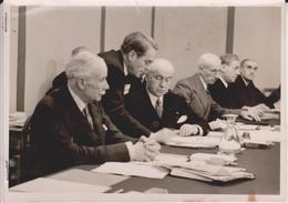 VIVHY OUVERTURE DES TRAVAUX DEUXIEME COMMISSION DU CONSEIL NATIONAL FRANCE L'AMIRAL FERNET  M JEAN VALADIER 1941 - Guerra, Militares