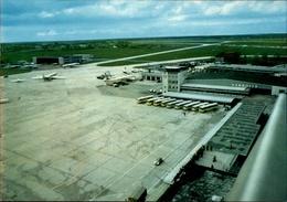 ! Moderne Ansichtskarte Flughafen Hannover, Flugzeuge, Tower - Aerodrome