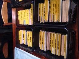 GROS LOT DE PLUS  3500    CPA -CPM CPSM  - PETITE CARTES  AVEC VILLES VILLAGES ATTENTION PAS DE DROUILLE - 500 Postcards Min.