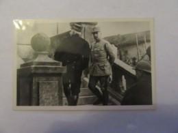 Carte Postale Photo - Le Maréchal Joffre Arrivant Au Q.G Du Général Pétain à Souilly - Animée - Non-circulée - Guerre 1939-45