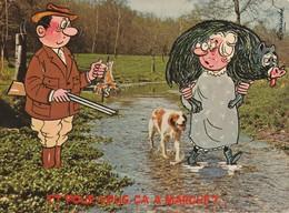 ALEXANDRE: Et Pour Vous ça A Marché? Demande Une Femme Portant Un Sanglier à Un Chasseur Ayant Un Petit Oiseau - Alexandre