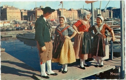 """Marseille; Costumes Marseillais. Groupe Folklorique """"La Couqueto"""" - Non Voyagé. (Mireille - Marseille) - Autres"""