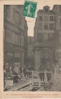 C.P.A. - ANCIENNE MAISON DES MAÎTRESSES LINGÈRES EN 1716 RUE COURTALON ET PLACE SAINTE OPPORTUNE - 62 - - France