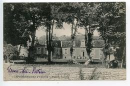 Usson Du Poitou Château De La Guéronnière - Frankreich
