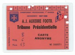 42 F - FOOT BALL - A.J. AUXERRE - CARTE D'ABONNEMENT SAISON 1997-1998 TRIBUNE PRESIDENTIELLE - Football