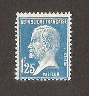 FRANCE N° Yvert 180 Avec Charnière Légère MH Pasteur - Neufs