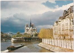 Paris - La Seine Et Notre-Dame , La Nef Du Seigneur - Batellerie - Notre-Dame De Paris