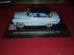 Voiture Miniature SIMCA ARONDE GRAND LARGE RUE DE LA PAIX 1956 1/43 - Collectors Et Insolites - Toutes Marques