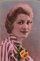 59. SAINT AMAND.LES EAUX ( A DESTINATION DE). CARTE FANTAISIE. PORTRAIT DE JEUNE FEMME. ANNEE 1960 - Femmes