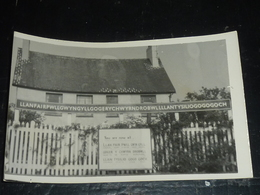 Llanfairpwllgwyngyllgogerychwyrndrobwllllantysiliogogogoch - CARTE PHOTO - PAYS DE GALLES (AD) - Anglesey