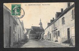 CPA Creuse 23  Fresselines  Rue De La Poste - Bourganeuf