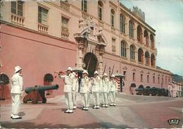 Principaute De Monaco, Montecarlo, La Reléve De La Garde Princiers Devant Le Palais Du Prince, Cambio Della Guardia - Palazzo Dei Principi
