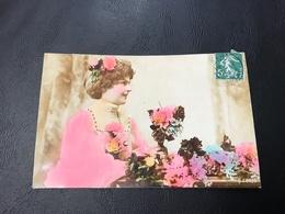 205/3 - Demoiselle Et Bouquet De Fleurs - 1908 Timbrée - Silhouettes