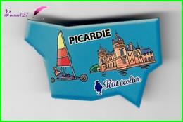 Magnet PETIT ÉCOLIER Les Régions De France - LA PICARDIE - Magnets