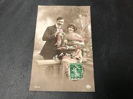 10014 - 1er AVRIL (relief Doré) Couple - 191? Timbrée - Erster April