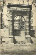 CPA De PARIS - Jardins Des Tuileries - Restes Du Palais Des Tuileries Incendié En 1871. - Parcs, Jardins