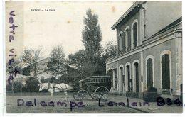 Environs D'Angers - BAUGE - ( M Et L ), La Gare, Taxi, Caléche, Cheval Blanc, Non écrite, TBE, Scans. - Autres Communes