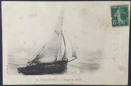 Carte Postale - Veules-les-Roses - 57 Barque De Pêche - Vve Ed. M - Veules Les Roses