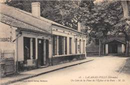 33 - Gironde - Divers / 10006 - Lacanau Ville - Un Coin De La Place - France