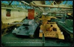Ref 1246 - Military Postcard - T34 & SU100 Tanks At Army Tank Museum Bovington Dorset - Equipment