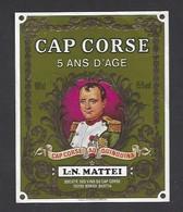 Etiquette De Cap Corse Mattei  -  5 Ans D'Age  -  Sté Des Vins Du Cap Corse à Borgo Bastia  Corse (20) - Etiquettes