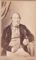 CDV PHOTO -SEATED MAN. . SALCOMBE  STUDIO - Photographs
